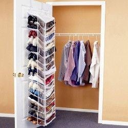 10 безцінних рад, як зберігати одяг, заощадивши багато місця