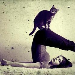 10 Незвичайних видів йоги