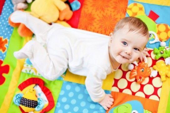 Розвиток малюка в 4 місяці