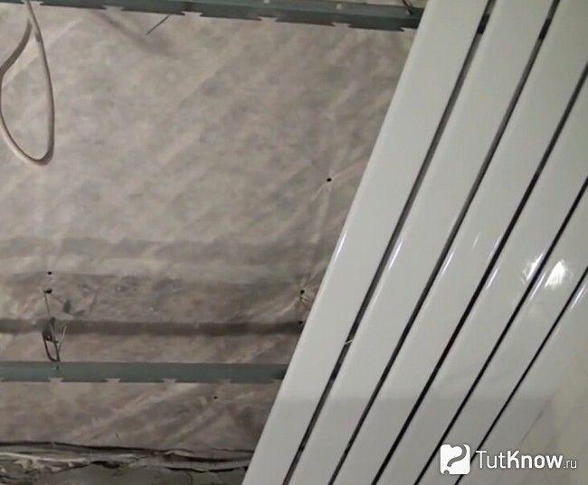 Кріплення алюмінієвих рейок до каркасу