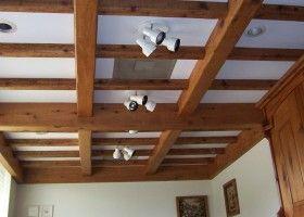 Балки на стелі: інструкція по монтажу і декору