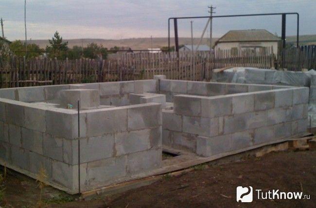 Стіни лазні з керамзитобетонних блоків