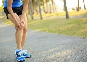 Болять лікті і коліна після тренування, що робити