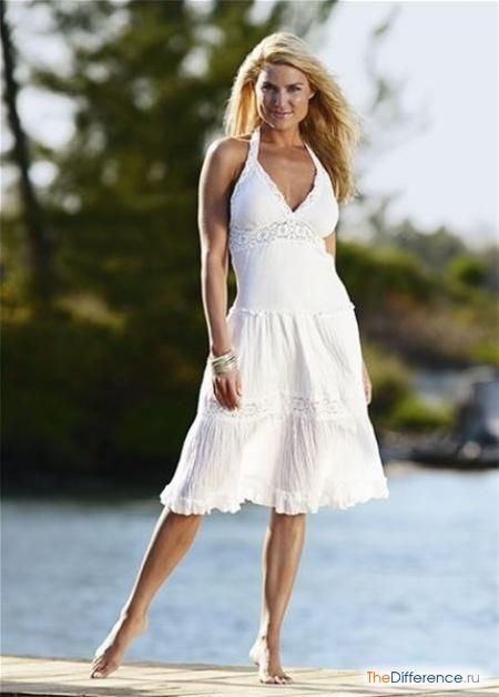 чим відрізняється сарафан від сукні