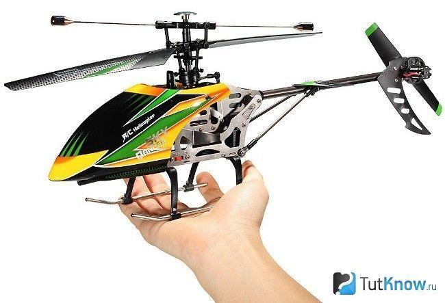 Вертоліт на радіокеруванні дитині на 23 лютого