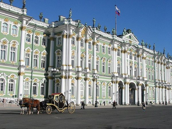 Палацова площа. Ермітаж