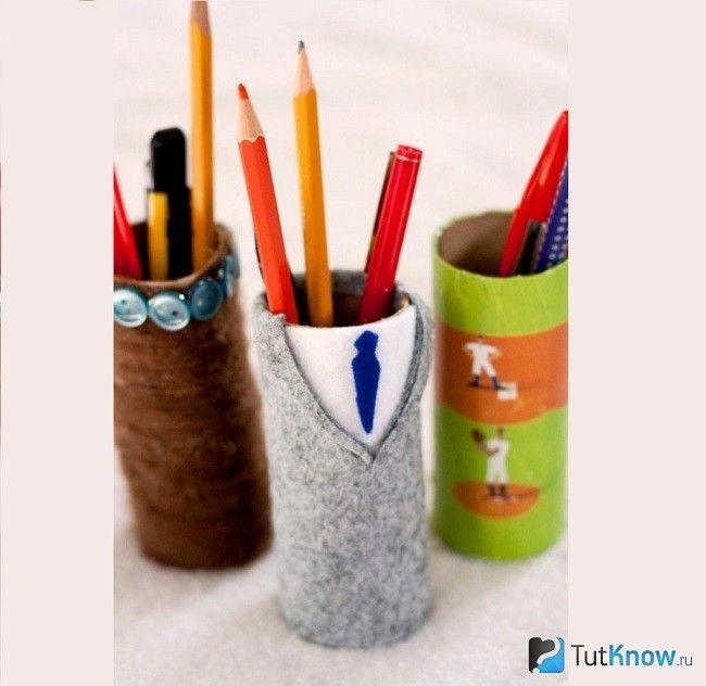 Підставка для олівців з декорованого втулки від туалетного паперу