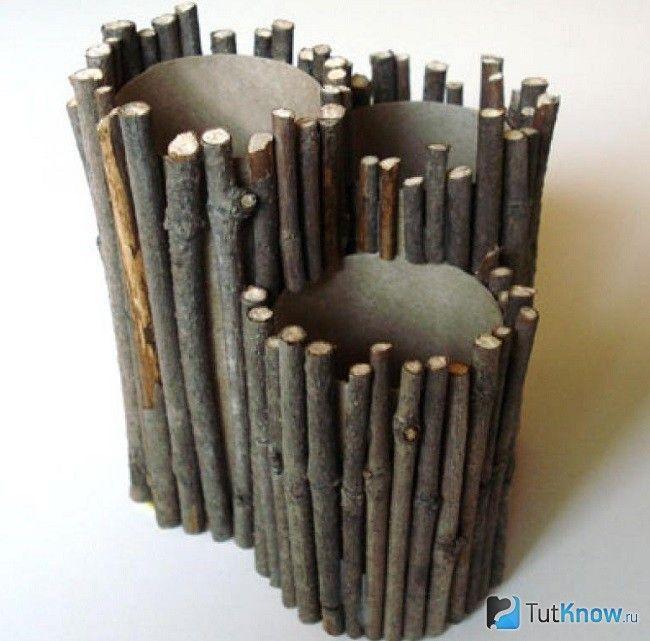 Підставки для олівців з гілочок