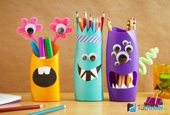 Підставки для олівців з порожніх пляшок від шампуні