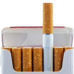 Яскрава пачка створює ілюзію безпеки сигарет