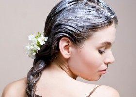 Як робити кефірну маску для волосся в домашніх умовах