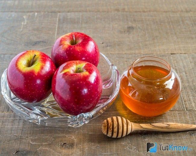 Інгредієнти для фруктово-медової маски