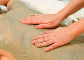 Як робити парафінове обгортання для тіла в домашніх умовах