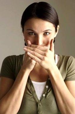 Як позбутися від запаху з рота