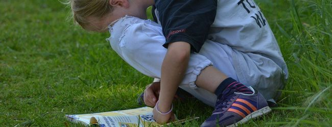 Дитина, книга, читання