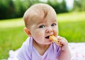 Як навчити дитину навичкам самообслуговування?