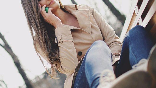 Як розмовляти по телефону: правила етикету