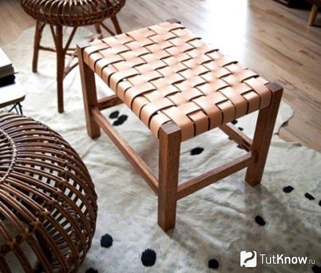 Плетене сидіння стільця