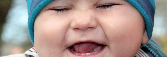 toddler-1244794_1280