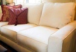 Як почистити диван в домашніх умовах