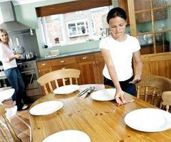 Як правильно сервірувати святковий стіл