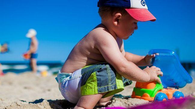 Як зібратися на море з дитиною: складаємо список
