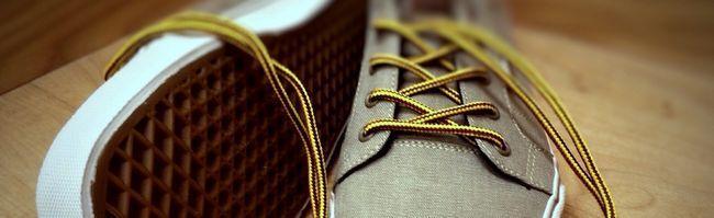 sneakers-759211_1920