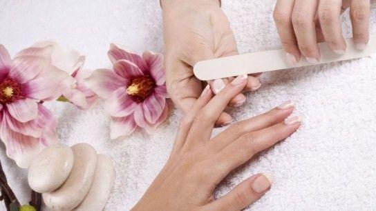 Як зробити красиву форму нігтів?