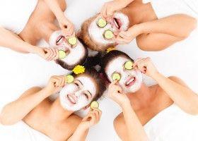 Як приготувати вдома очищувальну маску для обличчя?