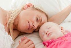 Як привчити дитину засинати самостійно