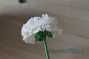 Як зробити квітку з паперу своїми руками?