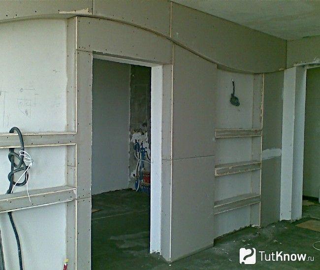 Дверний отвір в гіпсокартонної стіні