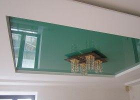 Короб з гіпсокартону навколо натяжної стелі