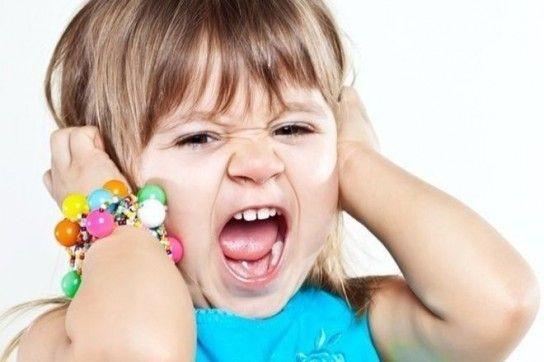 Які причини дитячого непослуху і як боротися з проявами агресії?