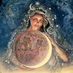 Як стати красивою: корисні поради від місяця