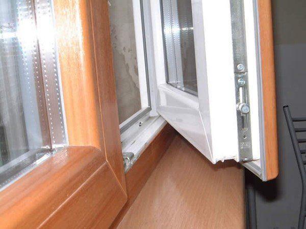 Чисте пластикове вікно