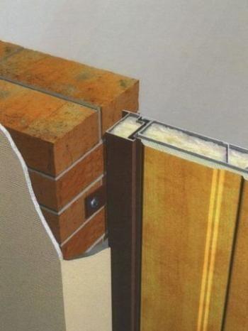 Як встановити металеві двері?