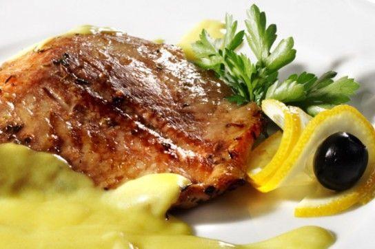 Яку рибу краще запікати в духовці?