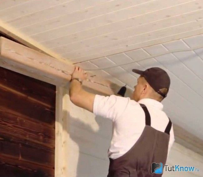 Монтаж кесонного стелі з балок
