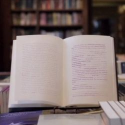 Книга, яка змусить вас читати