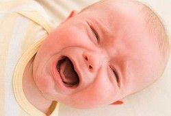 Кольки у немовляти