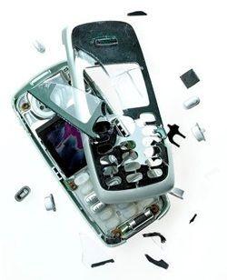 Кому довірити ремонт мобільного телефону