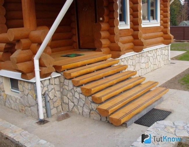 Декор бетонного ганку для лазні