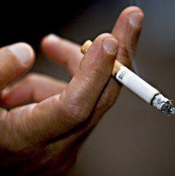 Куріння забирає в середньому 10 років життя