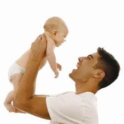Хлопчики, які росли без тата, стають батьками раніше