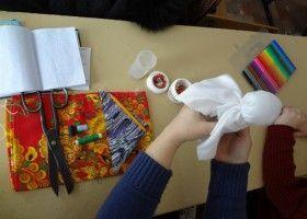 Виготовлення тканинної ляльки своїми руками