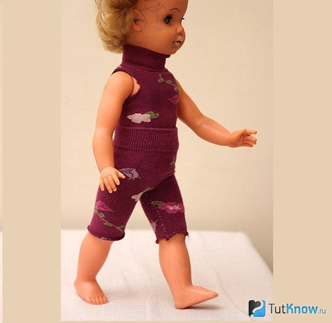 Лялька в спортивному костюмі