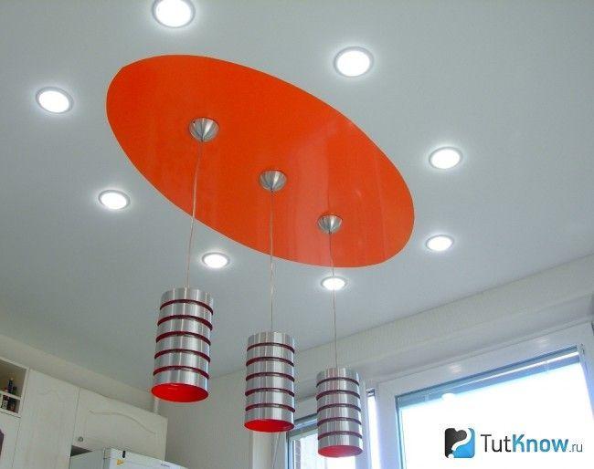Точкові світильники в натяжній стелі