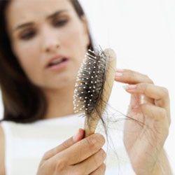 Чи може стрес спровокувати втрату волосся?