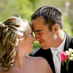 Чоловіки частіше одружуються з кохання